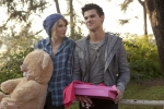 Valentine-s-Day-Movie-New-Images-taylor-lautner-11767238-2560-1707