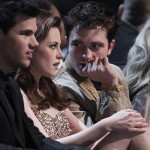 Taylor+Lautner+2011+People+Choice+Awards+Backstage+DlfxWr0FS02l