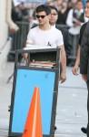 Taylor+Lautner+Taylor+Lautner+Arriving+Jimmy+oEcz2kW4A2Tl