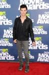Taylor+Lautner+2011+MTV+Movie+Awards+Arrivals+2cSpFkr2CtNl