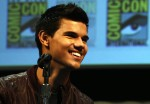 Taylor+Lautner+Summit+Entertainment+Presents+4dXvsQy_2dcl