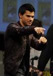 Taylor+Lautner+Twilight+Saga+Breaking+Dawn+cTBaRzUdO7bl