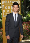 Taylor+Lautner+Hollywood+Foreign+Press+Association+0C5gUvUHBj7l