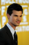 Taylor+Lautner+Hollywood+Foreign+Press+Association+0ztnkvgdtOYl